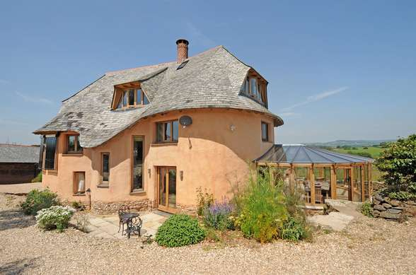 Cob House, Ottery St Mary, Devon EX11 1TJ. Grand Design Photo2